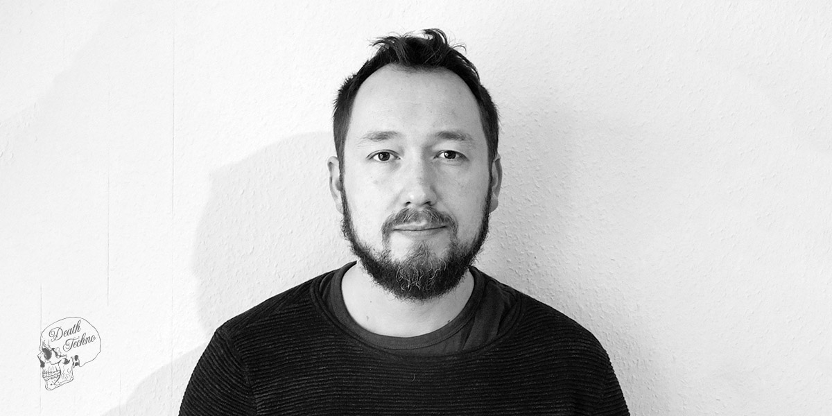 DT:Premiere | Johannes Volk - Hide [DISTRICT 66]